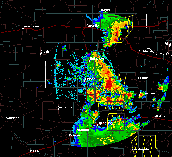 Radar Image for Severe Thunderstorms near Ralls, TX at 5/24/2020 7:35 PM CDT