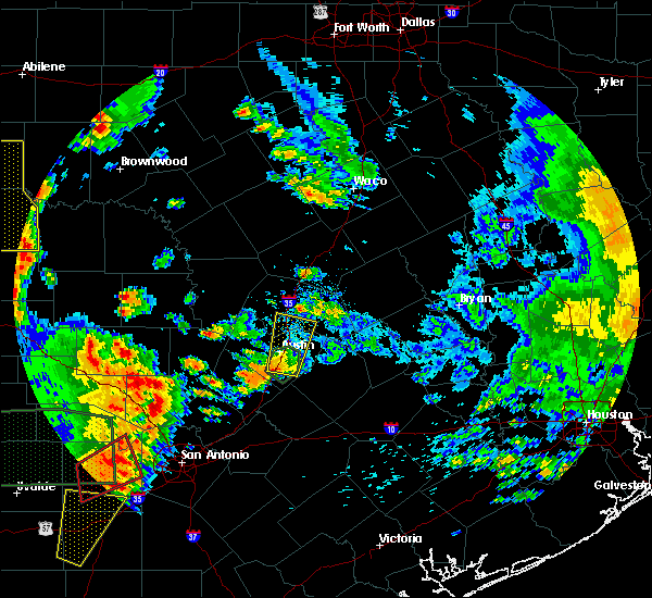 Radar Image for Severe Thunderstorms near Round Rock, TX at 5/24/2020 7:58 PM CDT