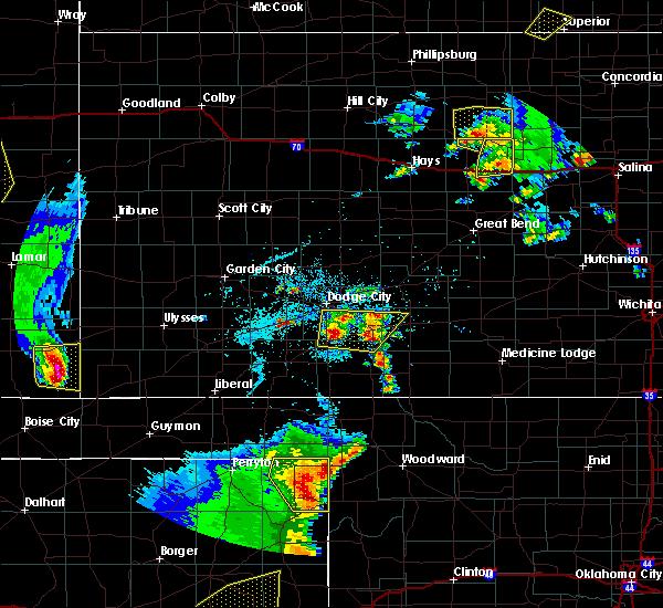 Radar Image for Severe Thunderstorms near Elkhart, KS at 5/24/2020 8:07 PM CDT