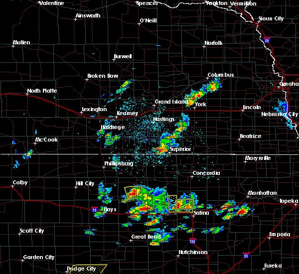 Radar Image for Severe Thunderstorms near Osborne, KS at 5/24/2020 8:16 PM CDT