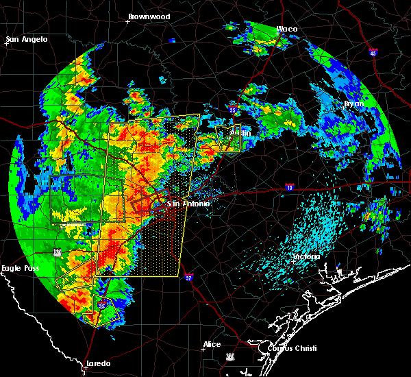 Radar Image for Severe Thunderstorms near Shavano Park, TX at 5/24/2020 8:22 PM CDT