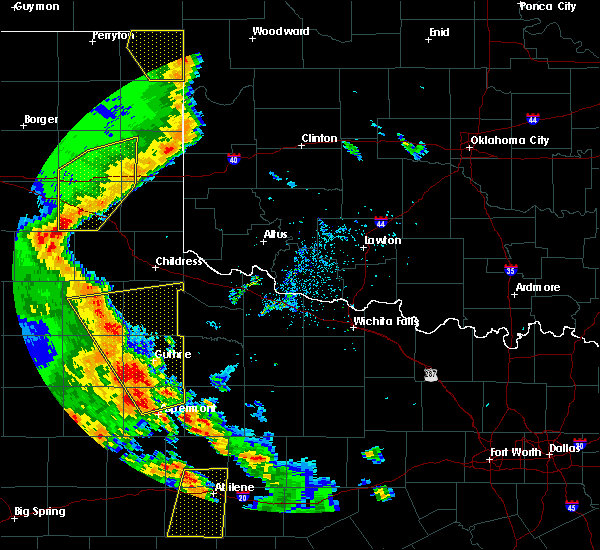 Radar Image for Severe Thunderstorms near Guthrie, TX at 5/24/2020 8:29 PM CDT