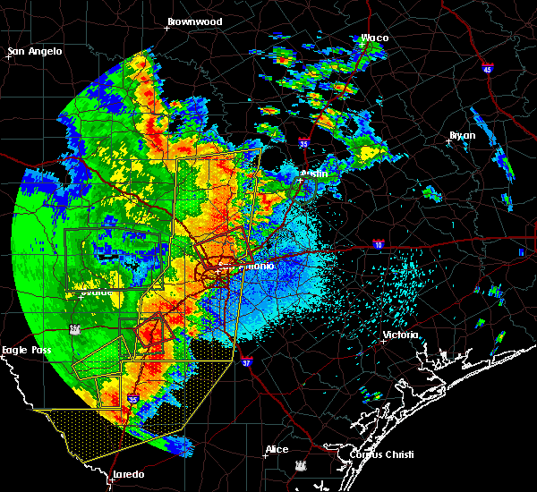 Radar Image for Severe Thunderstorms near Hays, TX at 5/24/2020 8:57 PM CDT