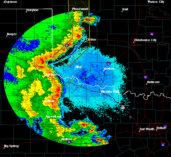 Radar Image for Severe Thunderstorms near Burns Flat, OK at 5/24/2020 9:51 PM CDT