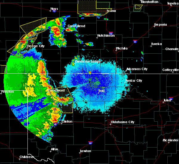 Radar Image for Severe Thunderstorms near Taloga, OK at 5/24/2020 10:02 PM CDT