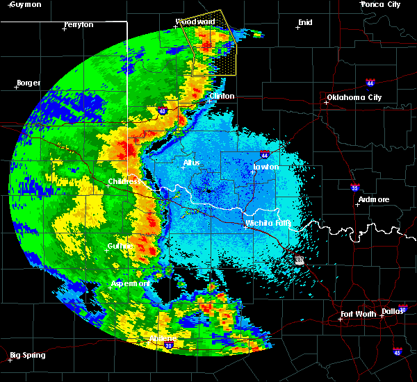 Radar Image for Severe Thunderstorms near Burns Flat, OK at 5/24/2020 10:13 PM CDT