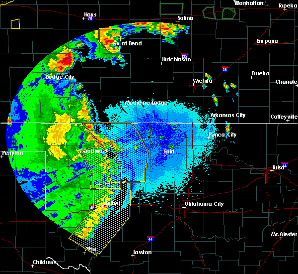 Radar Image for Severe Thunderstorms near Cleo Springs, OK at 5/24/2020 10:52 PM CDT