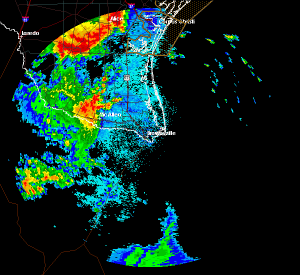 Radar Image for Severe Thunderstorms near Cesar Chavez, TX at 5/24/2020 11:33 PM CDT
