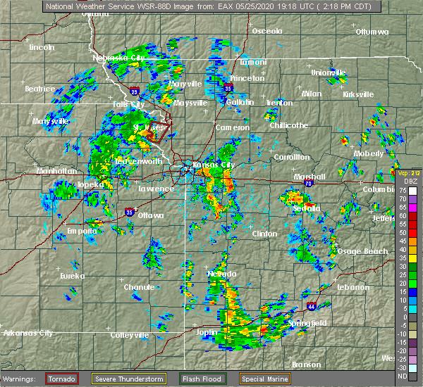 Radar Image for Severe Thunderstorms near Lewis and Clark Village, MO at 5/25/2020 2:26 PM CDT