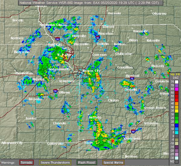 Radar Image for Severe Thunderstorms near St. Joseph, MO at 5/25/2020 2:34 PM CDT