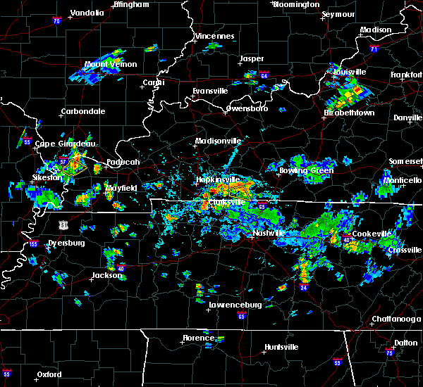 Radar Image for Severe Thunderstorms near Clarksville, TN at 5/25/2020 5:47 PM CDT