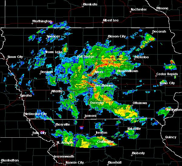 Radar Image for Severe Thunderstorms near Elkhart, IA at 5/25/2020 6:35 PM CDT