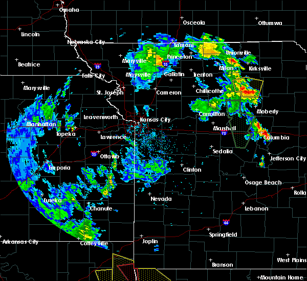 Radar Image for Severe Thunderstorms near Callao, MO at 5/25/2020 7:49 PM CDT