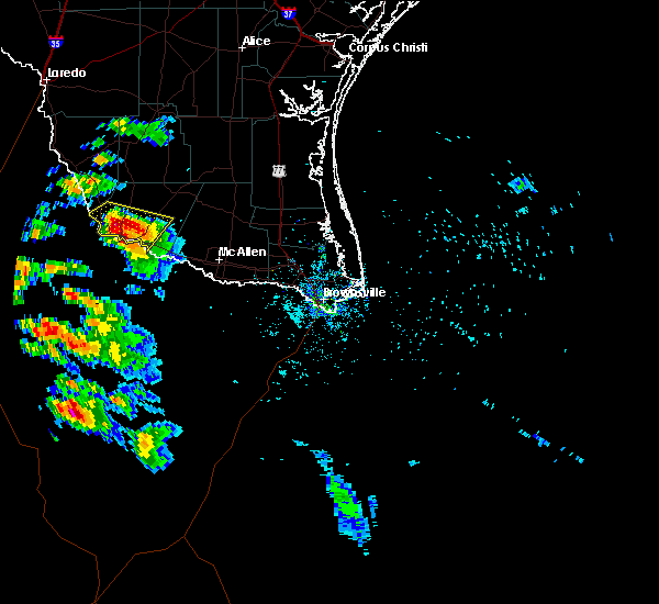 Radar Image for Severe Thunderstorms near Fernando Salinas, TX at 5/25/2020 8:30 PM CDT