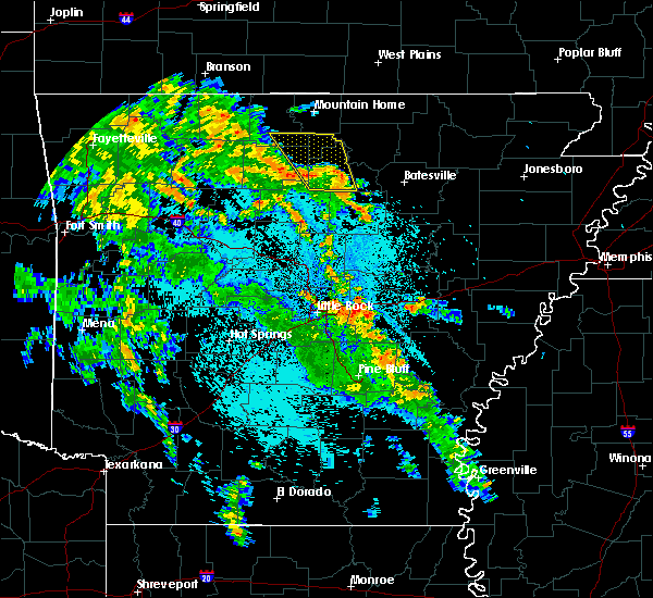 Radar Image for Severe Thunderstorms near Little Rock, AR at 5/25/2020 10:25 PM CDT