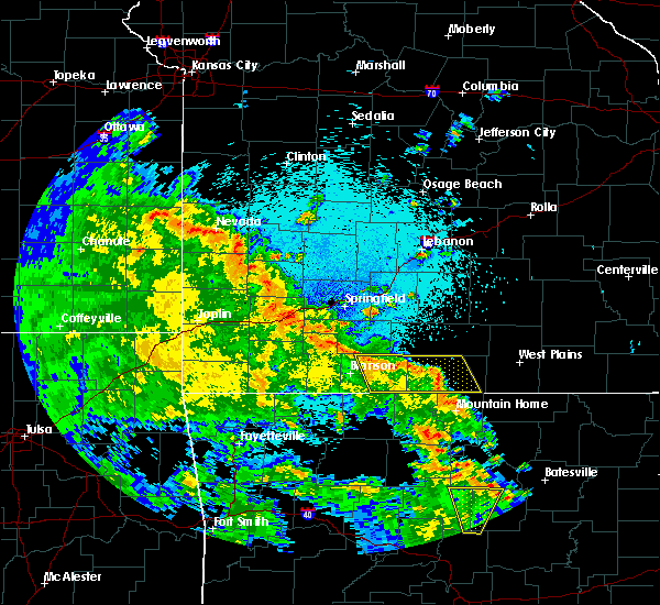 Radar Image for Severe Thunderstorms near Highlandville, MO at 5/25/2020 11:45 PM CDT