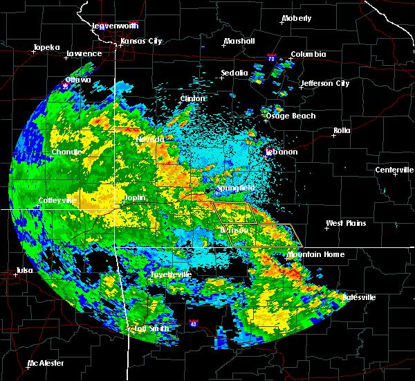 Radar Image for Severe Thunderstorms near Pontiac, MO at 5/26/2020 12:11 AM CDT