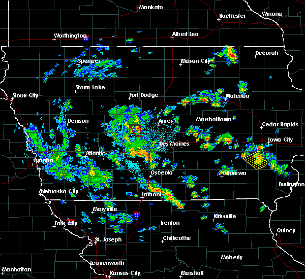 Radar Image for Severe Thunderstorms near Berkley, IA at 5/26/2020 2:08 PM CDT