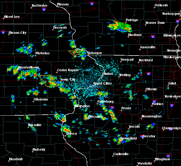 Radar Image for Severe Thunderstorms near East Amana, IA at 5/26/2020 2:26 PM CDT