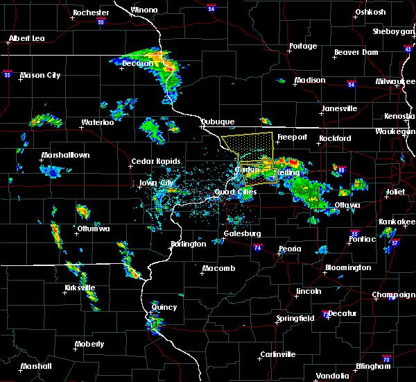 Radar Image for Severe Thunderstorms near Elizabeth, IL at 5/26/2020 6:15 PM CDT