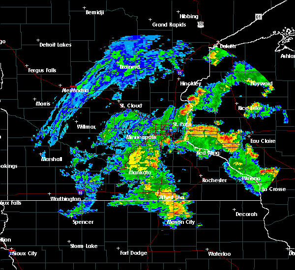 Radar Image for Severe Thunderstorms near West St. Paul, MN at 5/26/2020 7:16 PM CDT