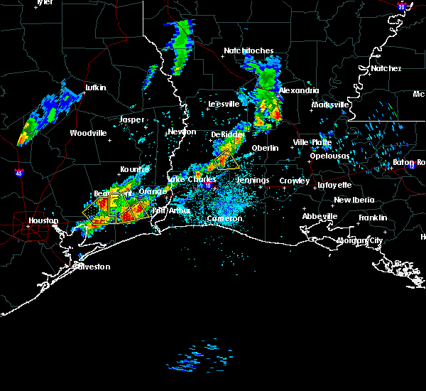 Radar Image for Severe Thunderstorms near Beaumont, TX at 5/26/2020 7:45 PM CDT
