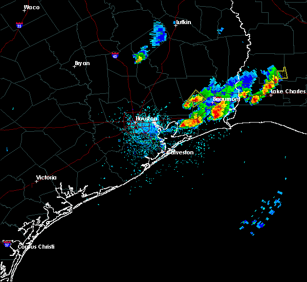 Radar Image for Severe Thunderstorms near Pinewood Estates, TX at 5/26/2020 8:12 PM CDT