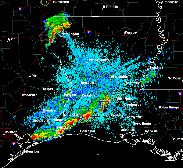 Radar Image for Severe Thunderstorms near Oberlin, LA at 5/26/2020 9:27 PM CDT