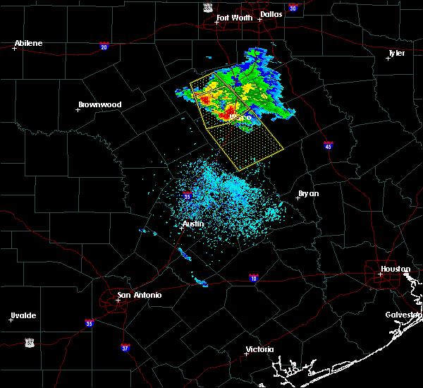 Radar Image for Severe Thunderstorms near McGregor, TX at 5/27/2020 12:12 PM CDT