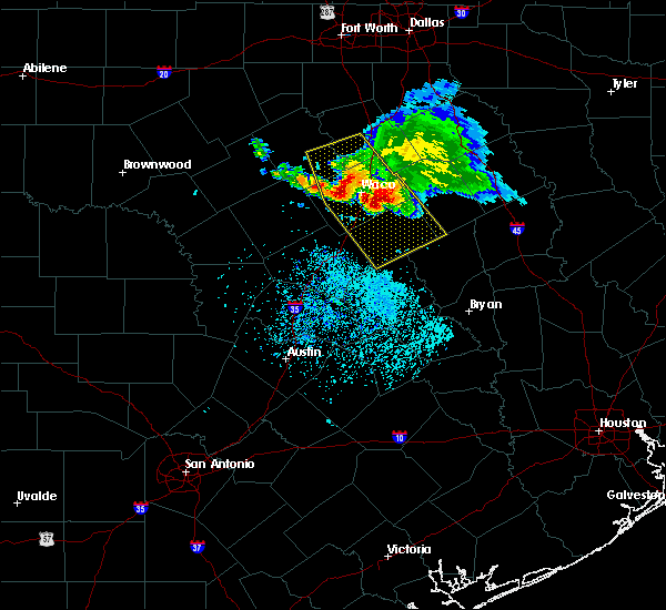Radar Image for Severe Thunderstorms near Woodway, TX at 5/27/2020 12:37 PM CDT