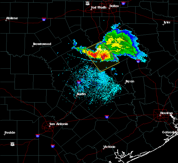 Radar Image for Severe Thunderstorms near Woodway, TX at 5/27/2020 12:53 PM CDT