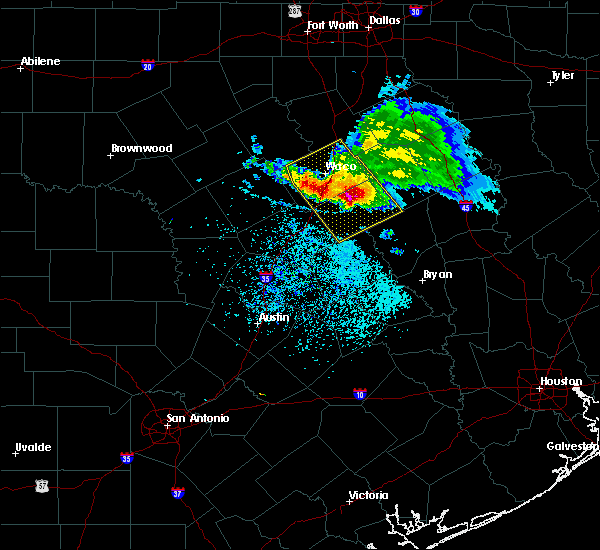Radar Image for Severe Thunderstorms near Woodway, TX at 5/27/2020 1:01 PM CDT