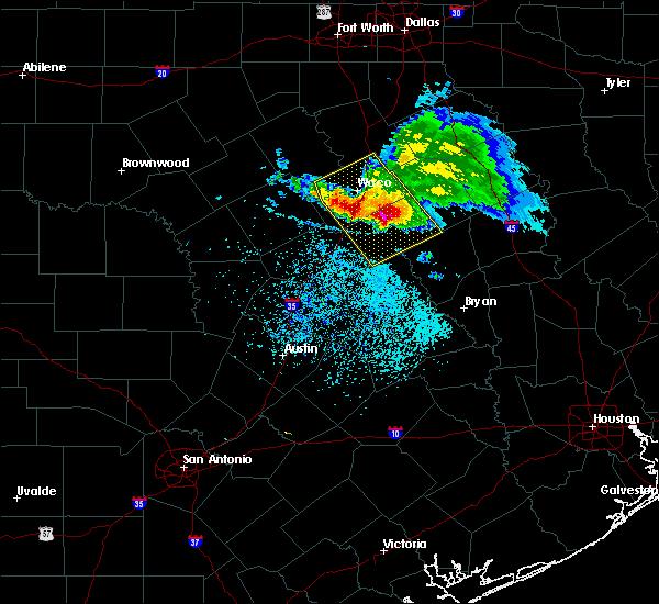 Radar Image for Severe Thunderstorms near McGregor, TX at 5/27/2020 1:01 PM CDT