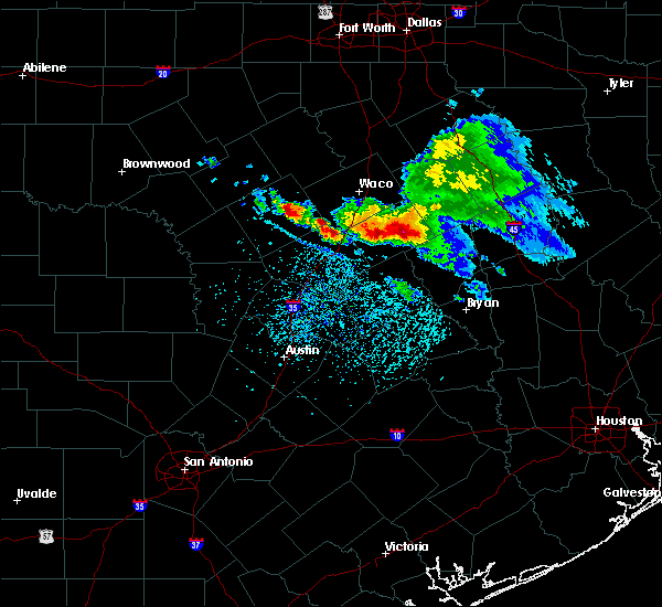 Radar Image for Severe Thunderstorms near Gatesville, TX at 5/27/2020 1:23 PM CDT
