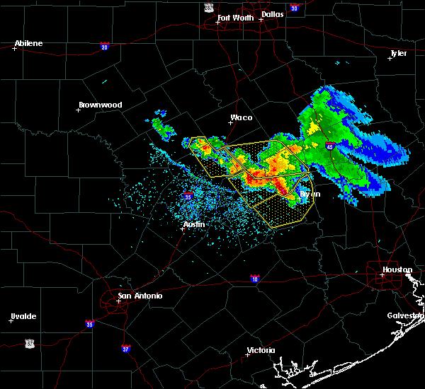 Radar Image for Severe Thunderstorms near McGregor, TX at 5/27/2020 2:02 PM CDT