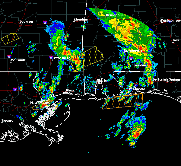 Radar Image for Severe Thunderstorms near State Line, MS at 5/27/2020 2:16 PM CDT