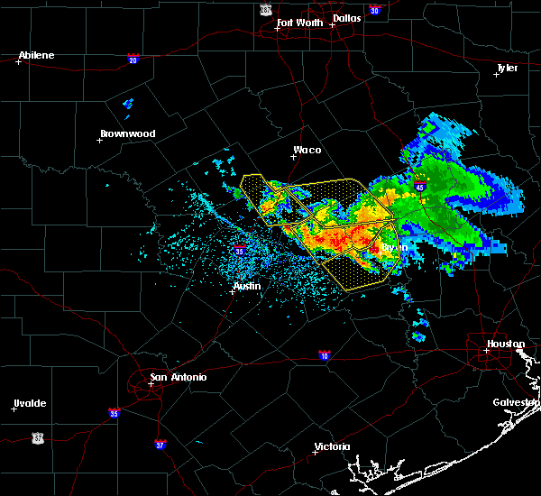 Radar Image for Severe Thunderstorms near Caldwell, TX at 5/27/2020 2:17 PM CDT
