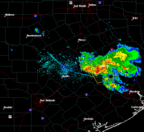 Radar Image for Severe Thunderstorms near Caldwell, TX at 5/27/2020 2:45 PM CDT