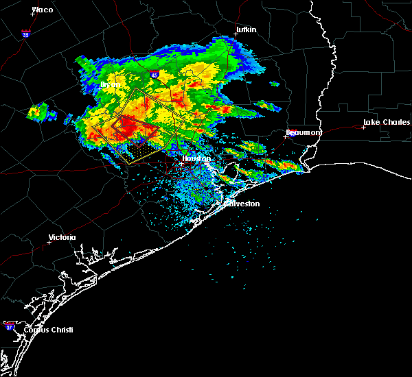 Radar Image for Severe Thunderstorms near Conroe, TX at 5/27/2020 3:39 PM CDT