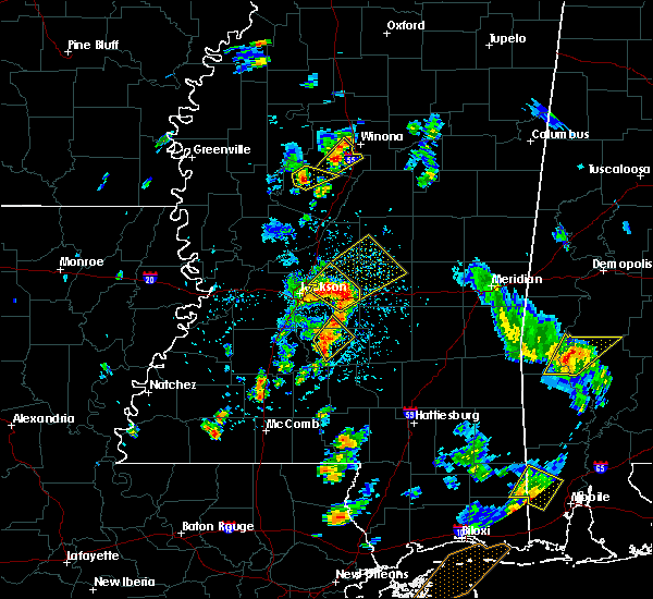 Radar Image for Severe Thunderstorms near Flowood, MS at 5/27/2020 3:49 PM CDT