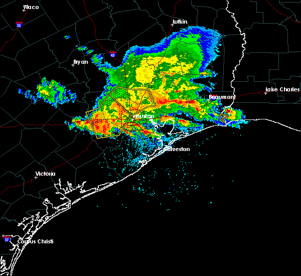 Radar Image for Severe Thunderstorms near Beach City, TX at 5/27/2020 4:31 PM CDT