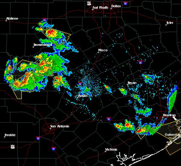 Radar Image for Severe Thunderstorms near Burnet, TX at 5/27/2020 5:40 PM CDT