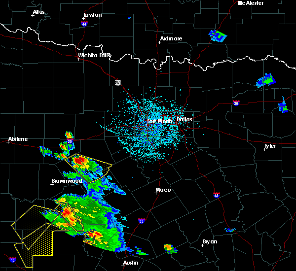 Radar Image for Severe Thunderstorms near Dublin, TX at 5/27/2020 5:40 PM CDT