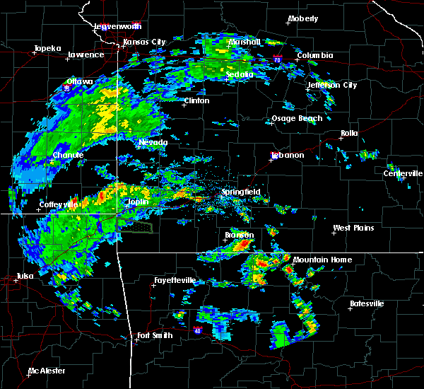 Radar Image for Severe Thunderstorms near Taneyville, MO at 5/27/2020 5:52 PM CDT
