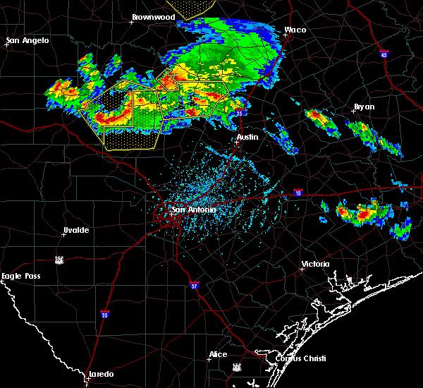 Radar Image for Severe Thunderstorms near Fredericksburg, TX at 5/27/2020 6:09 PM CDT