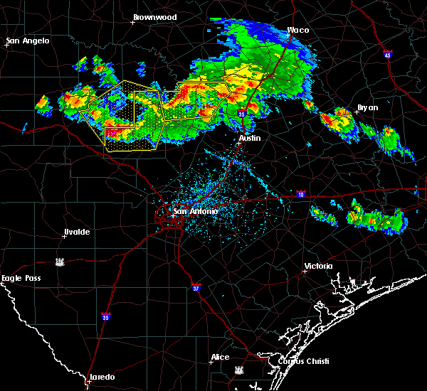 Radar Image for Severe Thunderstorms near Stonewall, TX at 5/27/2020 6:27 PM CDT