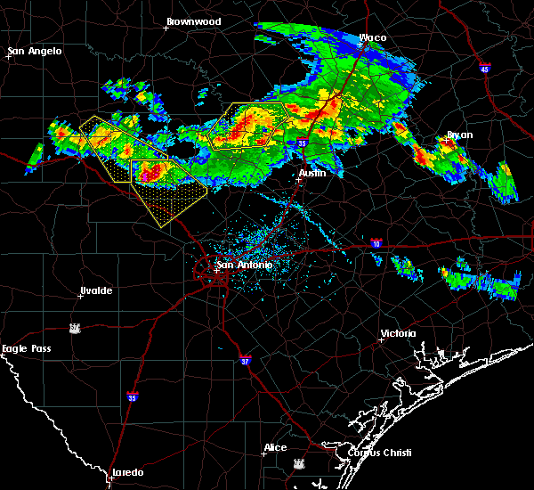 Radar Image for Severe Thunderstorms near Stonewall, TX at 5/27/2020 6:42 PM CDT