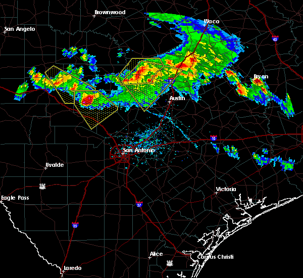 Radar Image for Severe Thunderstorms near Stonewall, TX at 5/27/2020 6:50 PM CDT