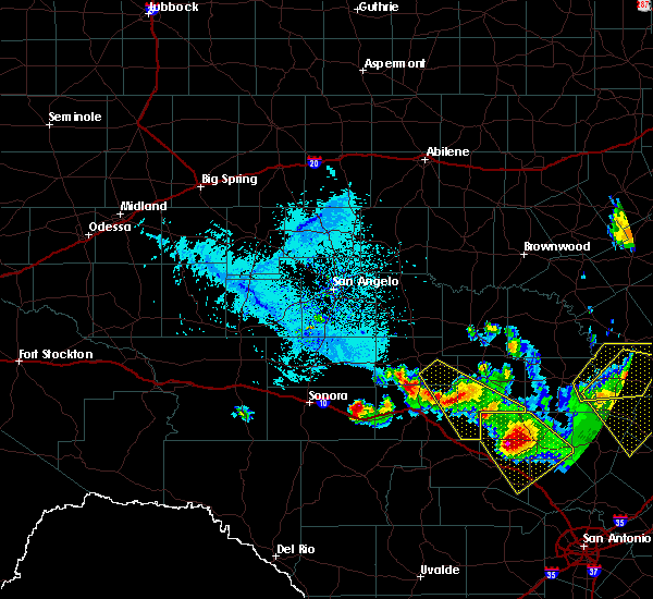Radar Image for Severe Thunderstorms near Junction, TX at 5/27/2020 6:56 PM CDT