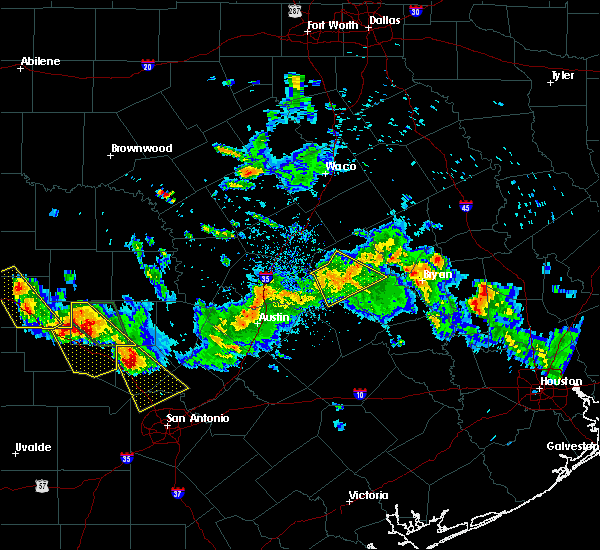 Radar Image for Severe Thunderstorms near Rockdale, TX at 5/27/2020 7:38 PM CDT